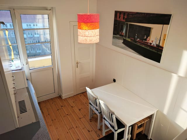 7 min. to city centre! Top floor Apartement - Hampuri - Huoneisto