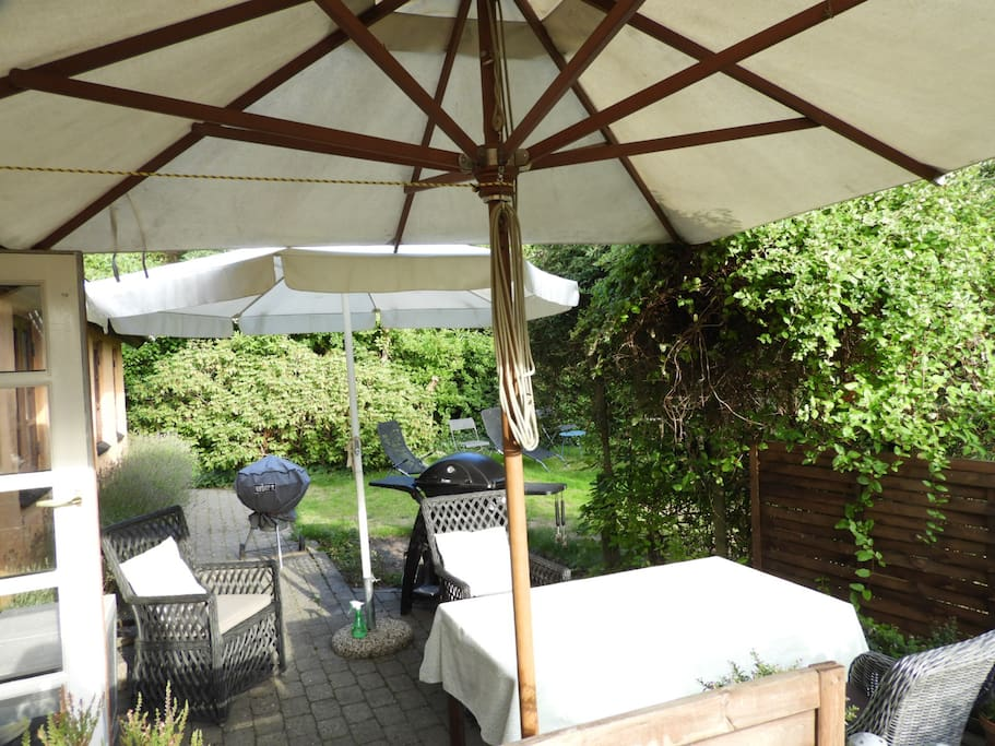 The terrace with Weber standard coal barbecue. Possibility to rent Weber gas-barbecue, ask for princing.