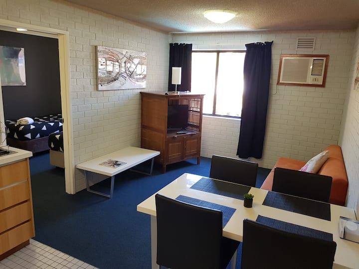 (211) 1 Bedroom Apartment in Perth CBD
