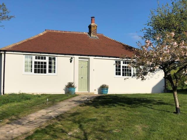 Daisy's Cottage