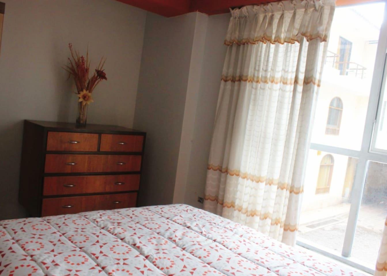 Dormitorio iluminado