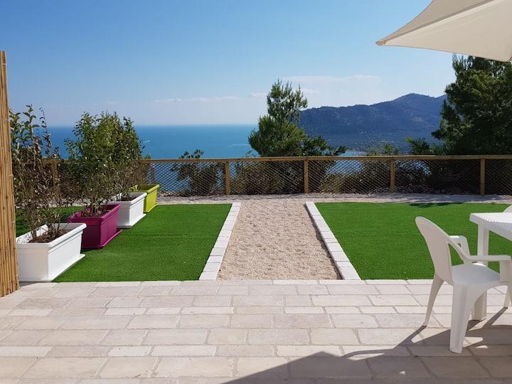 Villa Gargano, wonderful view on the sea
