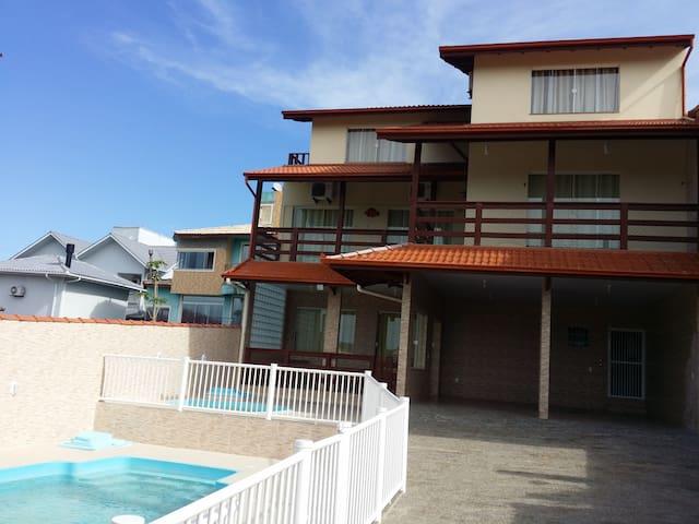 Casa do Santinho | 25 pessoas - Florianópolis
