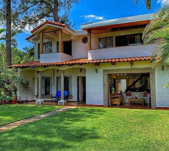 Rincon Azul -Beautiful Lake House in Coatepeque!!!