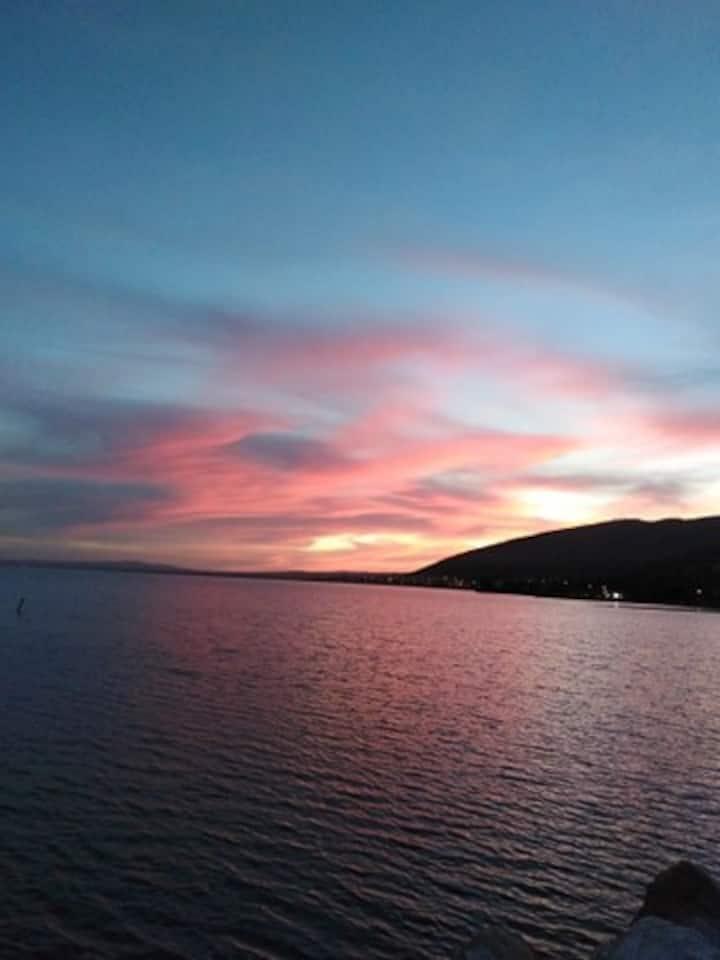 Superbe Villa vue mer et montagne, wifi, pkg, bbq