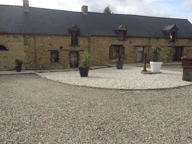 Gite piscine rien que pour vous Calme et repos - Bain-de-Bretagne