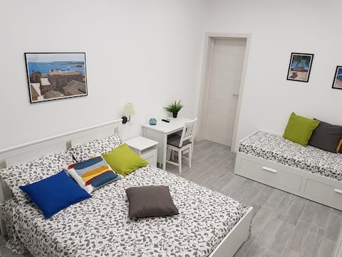 Private room in Pachino (SR) - 1