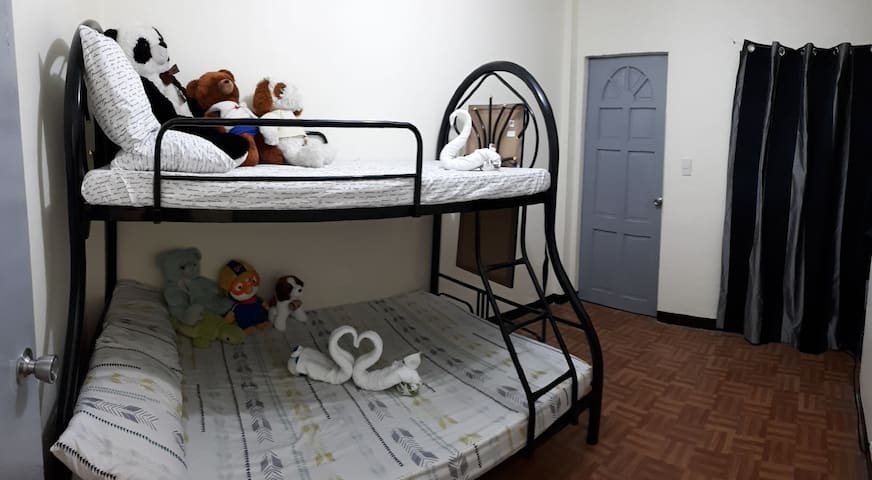 Cebu Backpackers Guestroom1 Unit2