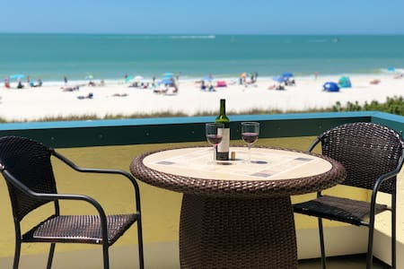 Our Beaches are Open!  Beachfront 1 Bed w/ Beautiful Gulf Views!