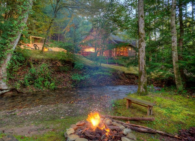 Buddy`s Creekside Bungalow - Ellijay - Srub