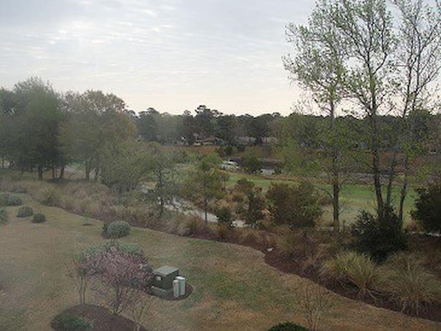 Golf/Intercoastal view 2 bdrm-Barefoot-Ironwood
