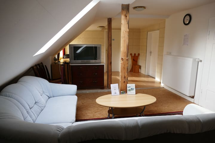 Garten Eden - 3 Schlafzimmer - Rödental - Casa de huéspedes