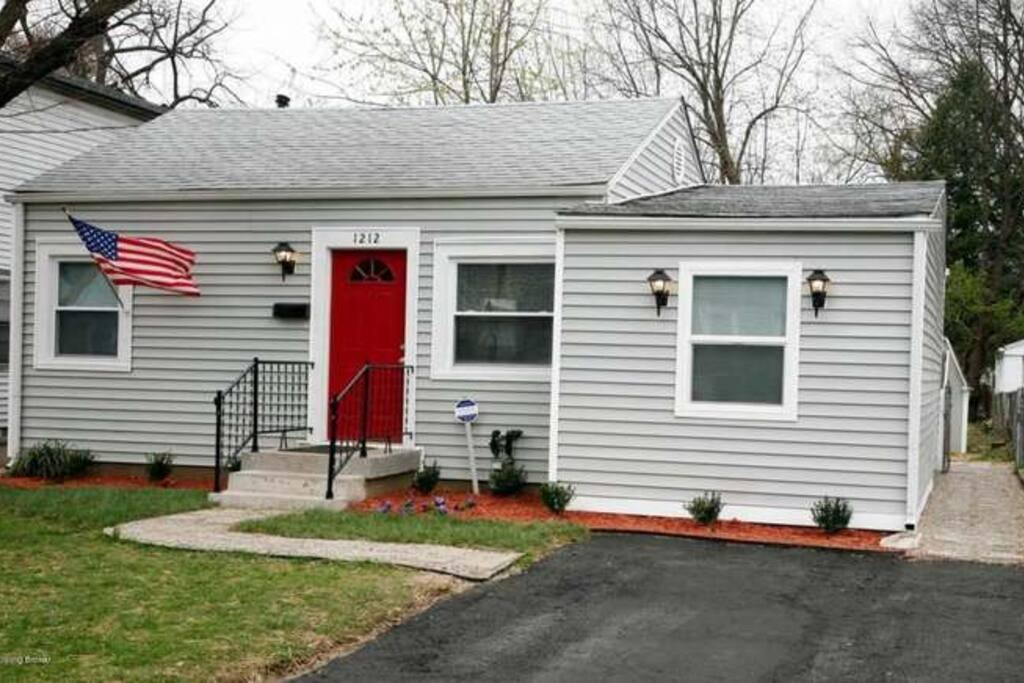Updated Cozy Economical Louisville Get Away Houses For
