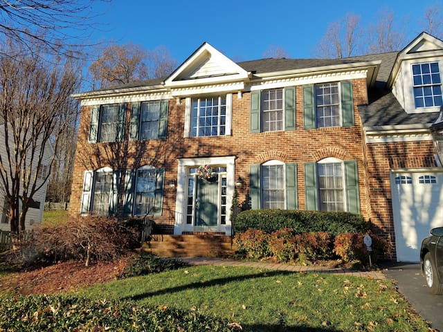Spring luxury retreat with garden/long term lease - Woodbridge