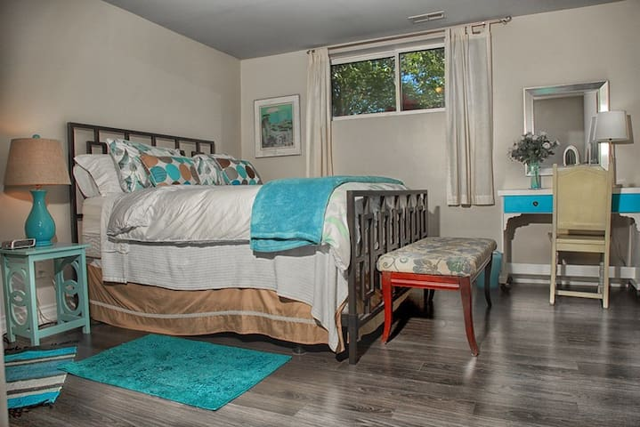 The Tayler Room - Barrie - Apartmen