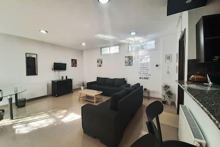 Studio Très bien situé au quartier de manar