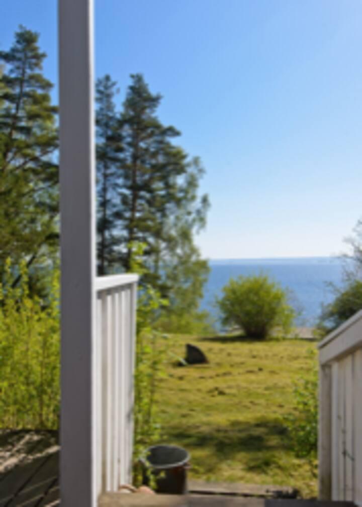 Cottage with views of Lake Vättern/island Gränna