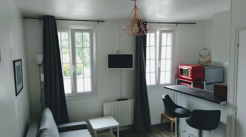 Studio lumineux tout confort centre ville d'Évreux