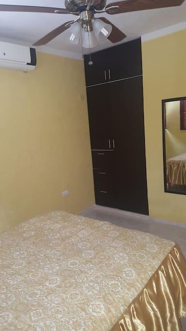 Habitación 2 Closet