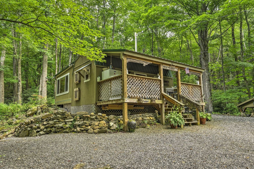 Take the family on an off-the-grid getaway in the remote Pisgah National Forest.