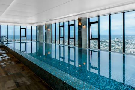 CUVEE: Platinum Southbank 2 bed apt - Southbank - Apartment