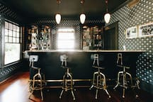 Cocktail Bar (shared space)