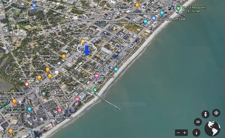 Entire Apartment Walking distance to the Beach