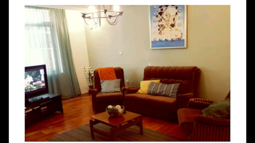Self Catering Apartment in Kazanchis - Addis Ababa - Apartment