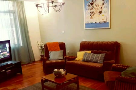 Self Catering Apartment in Kazanchis - Addis Ababa - Wohnung