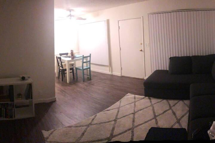 Cozy 1 Bedroom Apt LAX