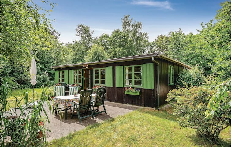 Holiday cottage with 3 bedrooms on 110m² in Rørvig