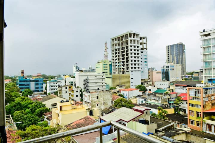 Roland Towers in Colombo - 3