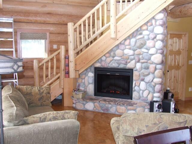 Riverside Log Cottage