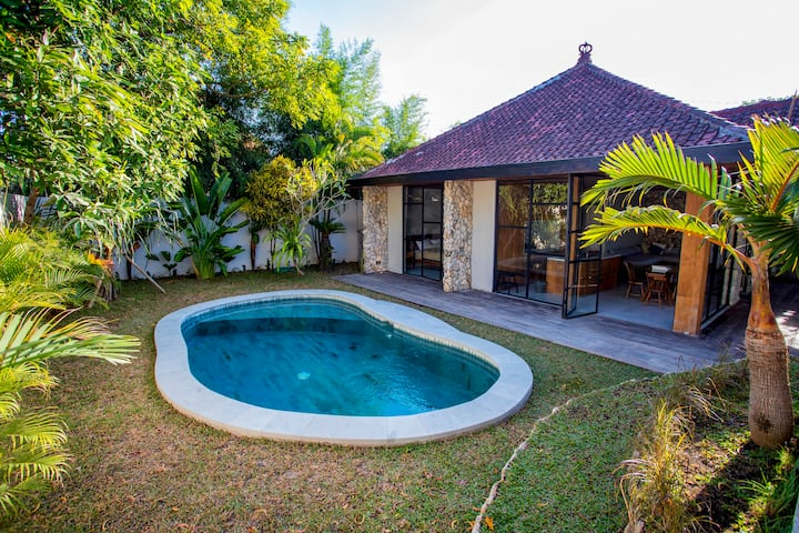 OLA, 2BR Home with Pool in the Heart of Uluwatu