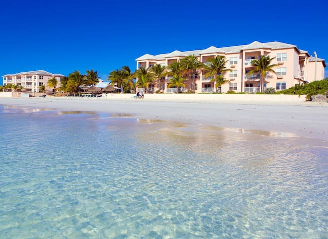 Island Seas Resort: 1-BR, Sleeps 4, Full Kitchen