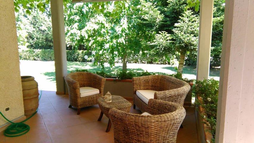 Camere matrimoniali in campagna  vicino al mare - Grosseto - Villa