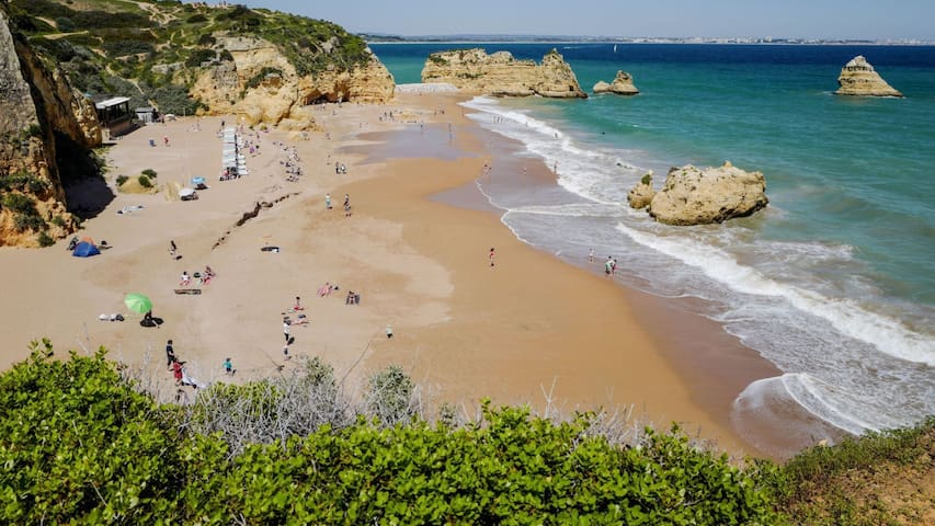 Algarve T2 - 100 mts from beautiful beach Dona ANA
