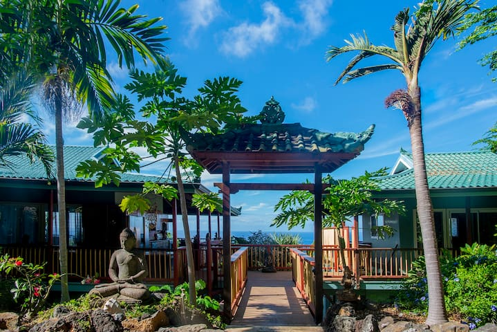 Rent out our SANCTUARY in Hawaii! - up to 32!