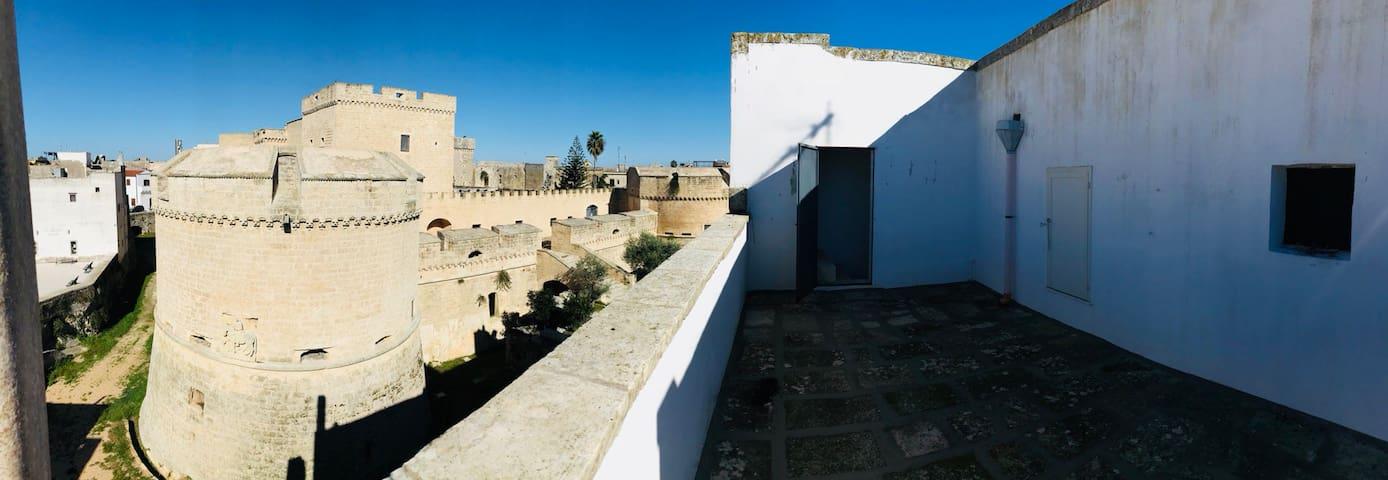 La terrazza sul castello