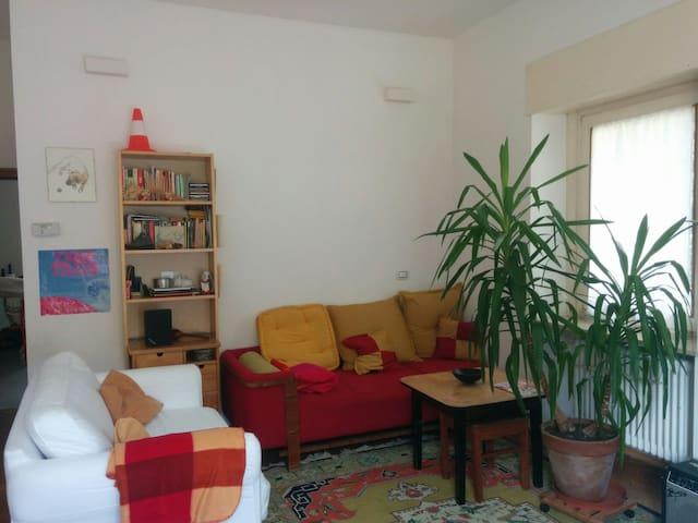 Bilocale sulle Passeggiate di Merano - Merano - Apartment