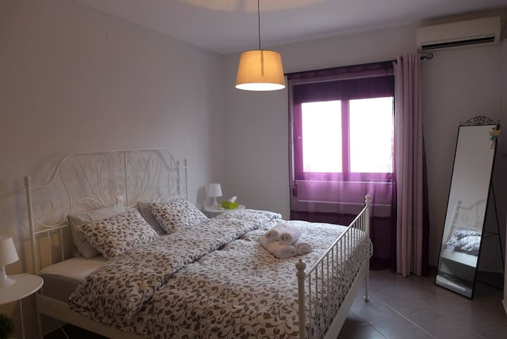 Σοφίτα @Ναύπλιο- Cozy attic flat 15' from old town