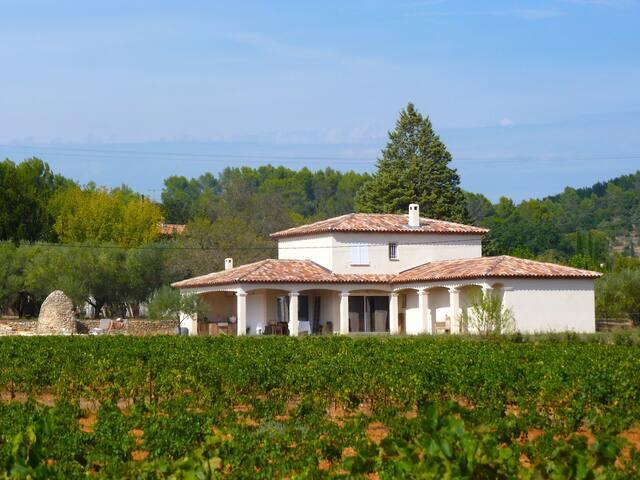 Luxurious Villa with swimming pool in Cotignac - Cotignac - Villa