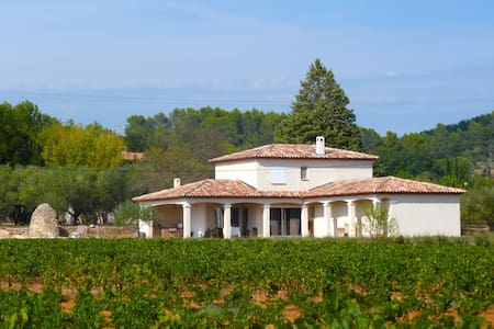 Luxurious Villa with swimming pool in Cotignac - Cotignac - Villa
