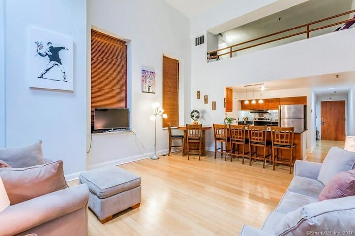 Large living room and full kitchen