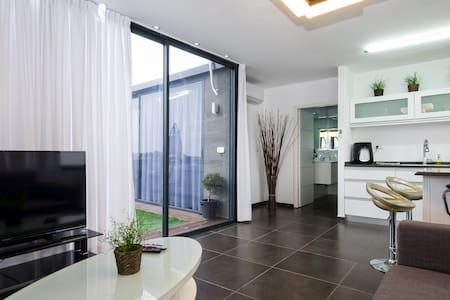 luxury  roof vip  דירת גג יוקרה - atlit