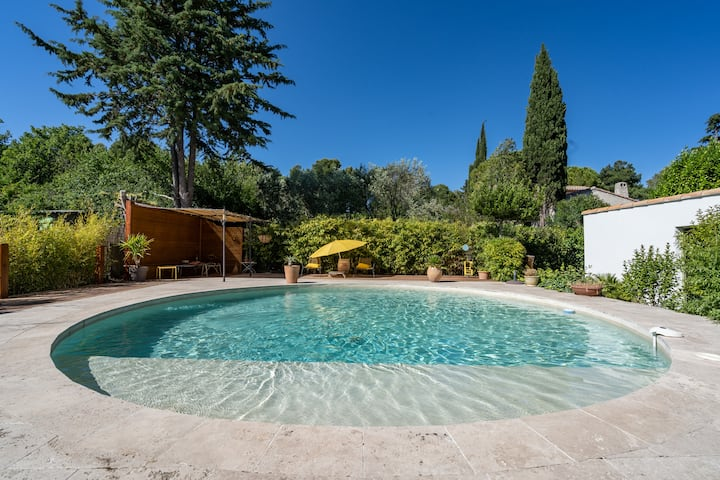 Charming house with pool in Aix en Provence
