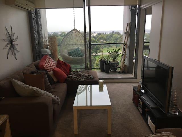 CBD Modern comfortable with outstanding views