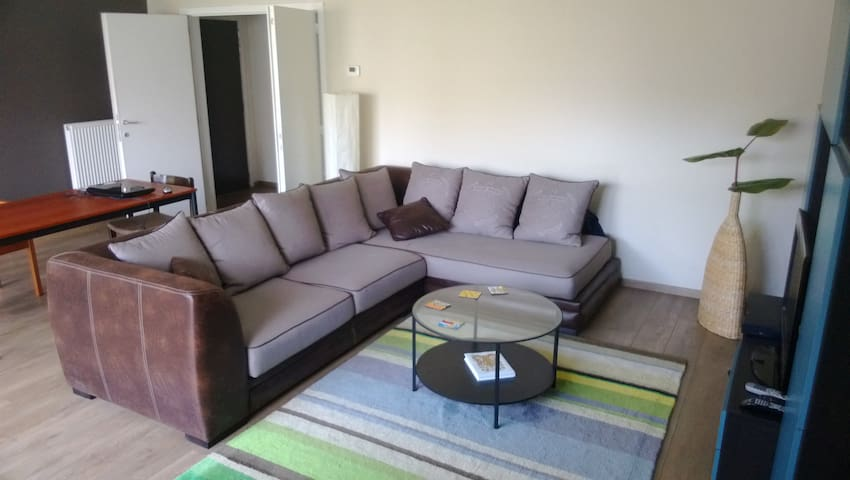 Private room in the heart of the city - Antwerpen - Appartement
