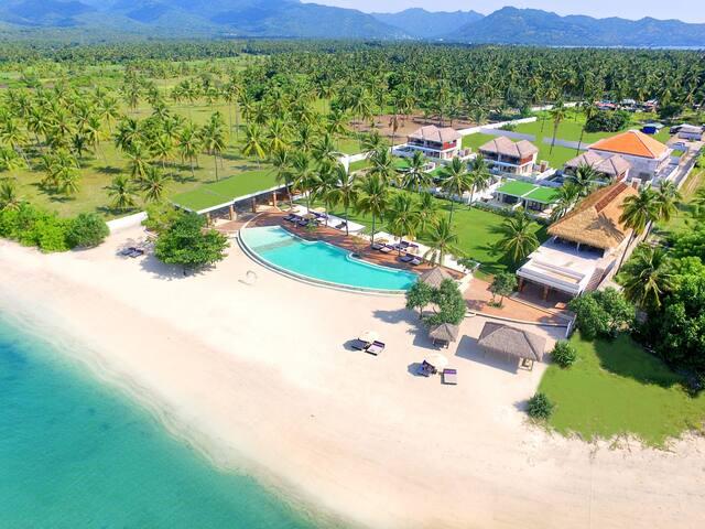 Beachfront Private Villa for 4 persons - Tanjung - Willa