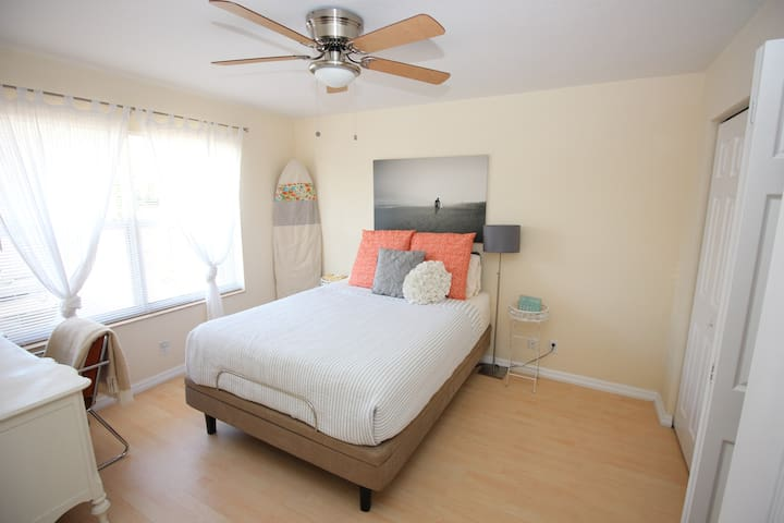 Cozy Room, Bikes, & Beach. - Deerfield Beach - Hus